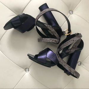 BWOB! Gucci metallic blue with crocodile heels 6.5